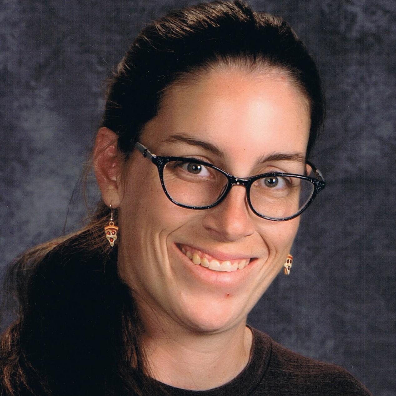 Amanda Linhardt